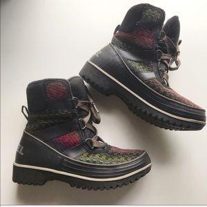 Sorel Tivioli II snow boots multi color sz 7